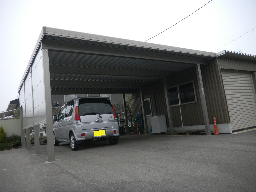 折板カーポート 車庫連結 積雪150cm対応 坂井市