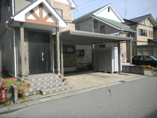 TOEXカーポート イナバ物置 坂井市