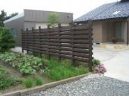 天然木材フェンス
