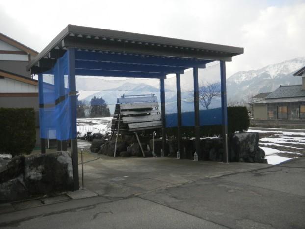 豪雪地域での折板カーポート